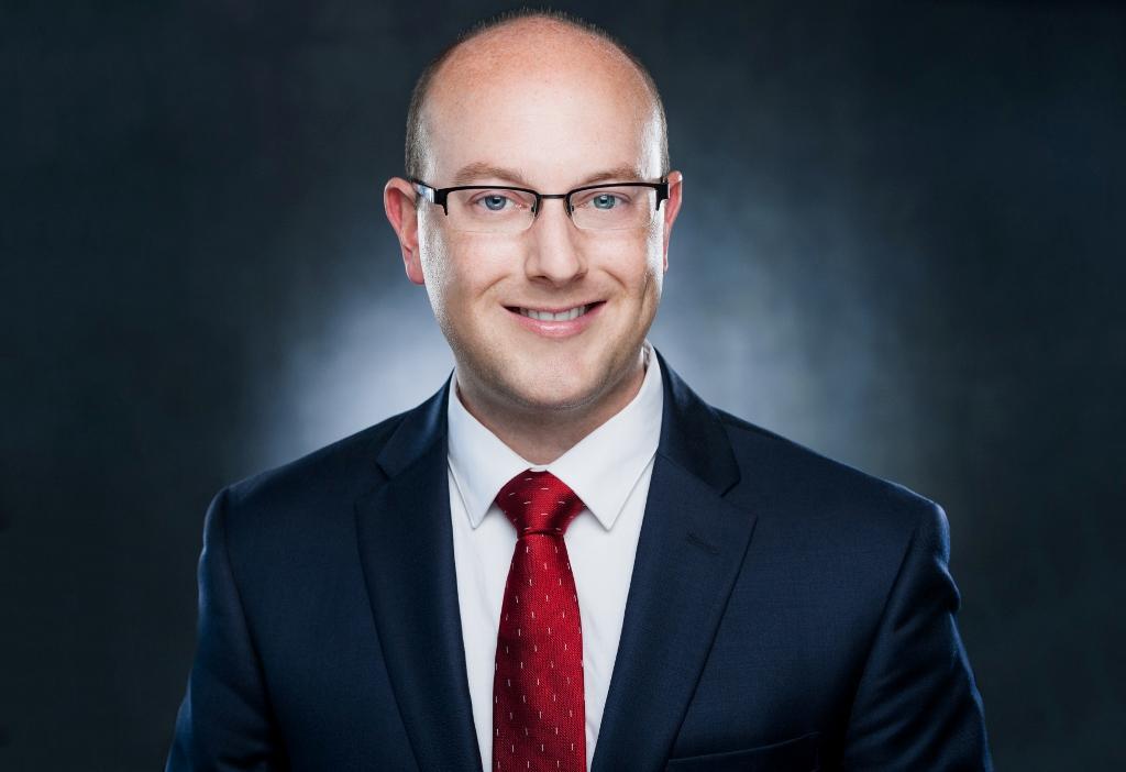 DARREN PARKER GUNNELL  Financial Advisor