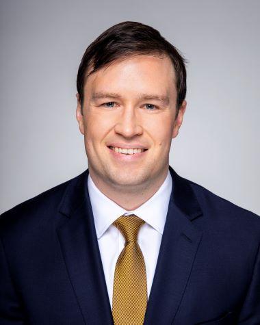 JUSTIN CHARLES LINDAHL Insurance Agent