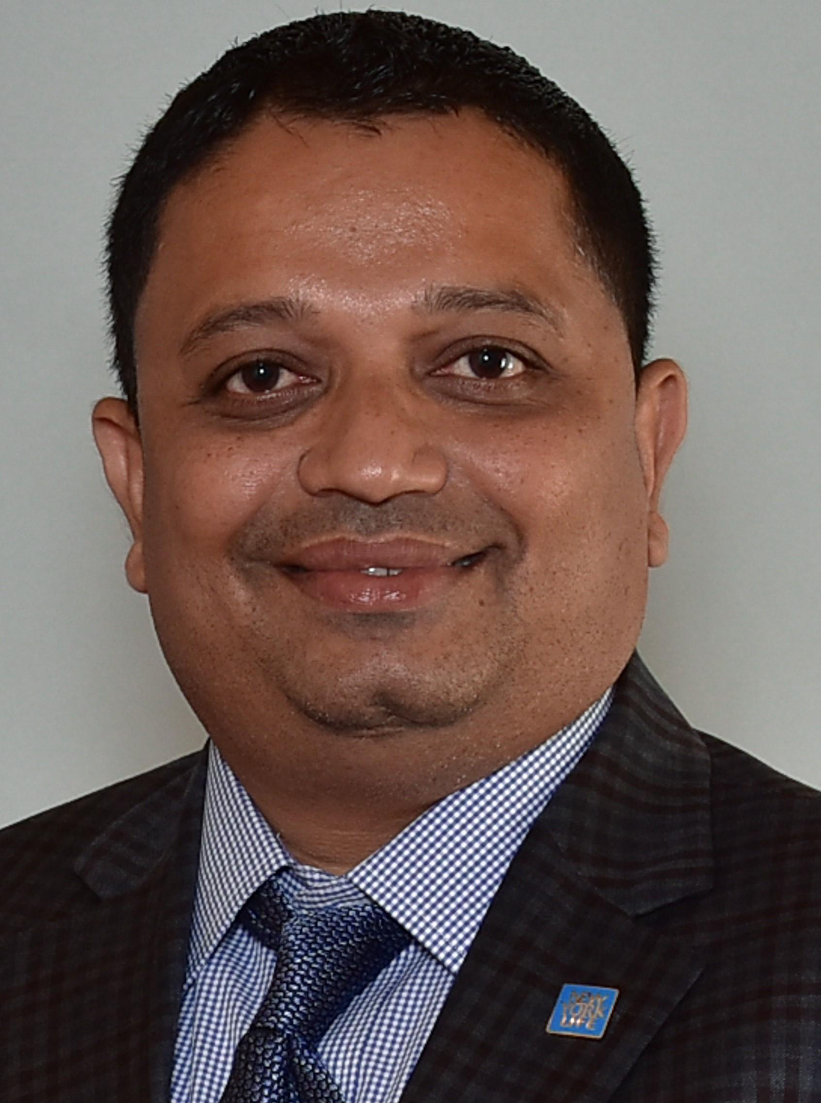 MINESH RAMESHCHANDRA BHAKTA  Insurance Agent