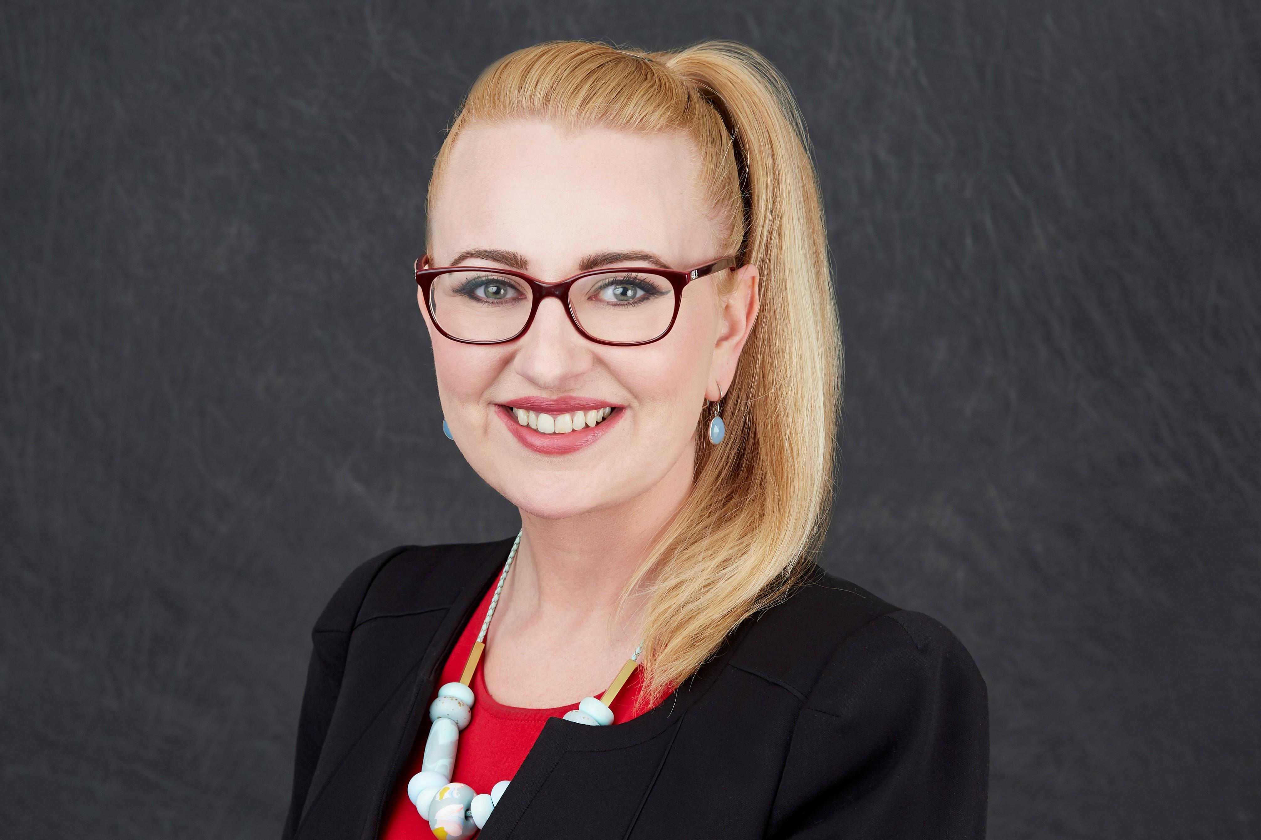 MAGDALENA KAROLINA CYPCARZ  Insurance Agent