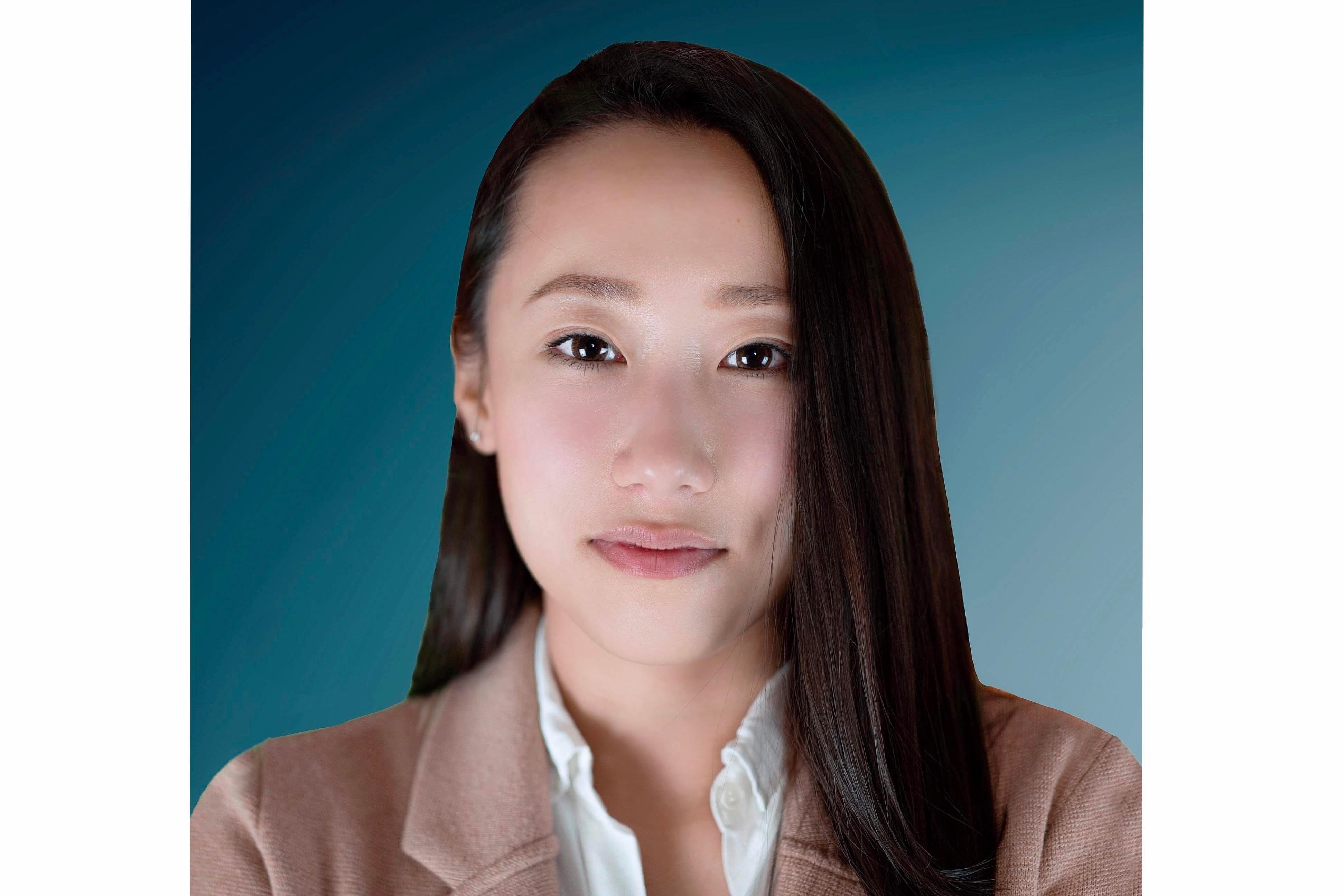 HAILUN ZHENG  Insurance Agent