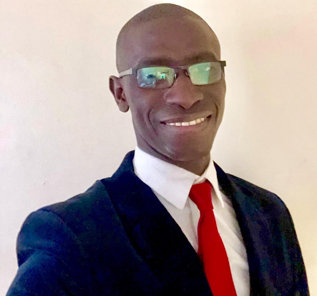 CHEIKH ABDOU DIAW  Insurance Agent
