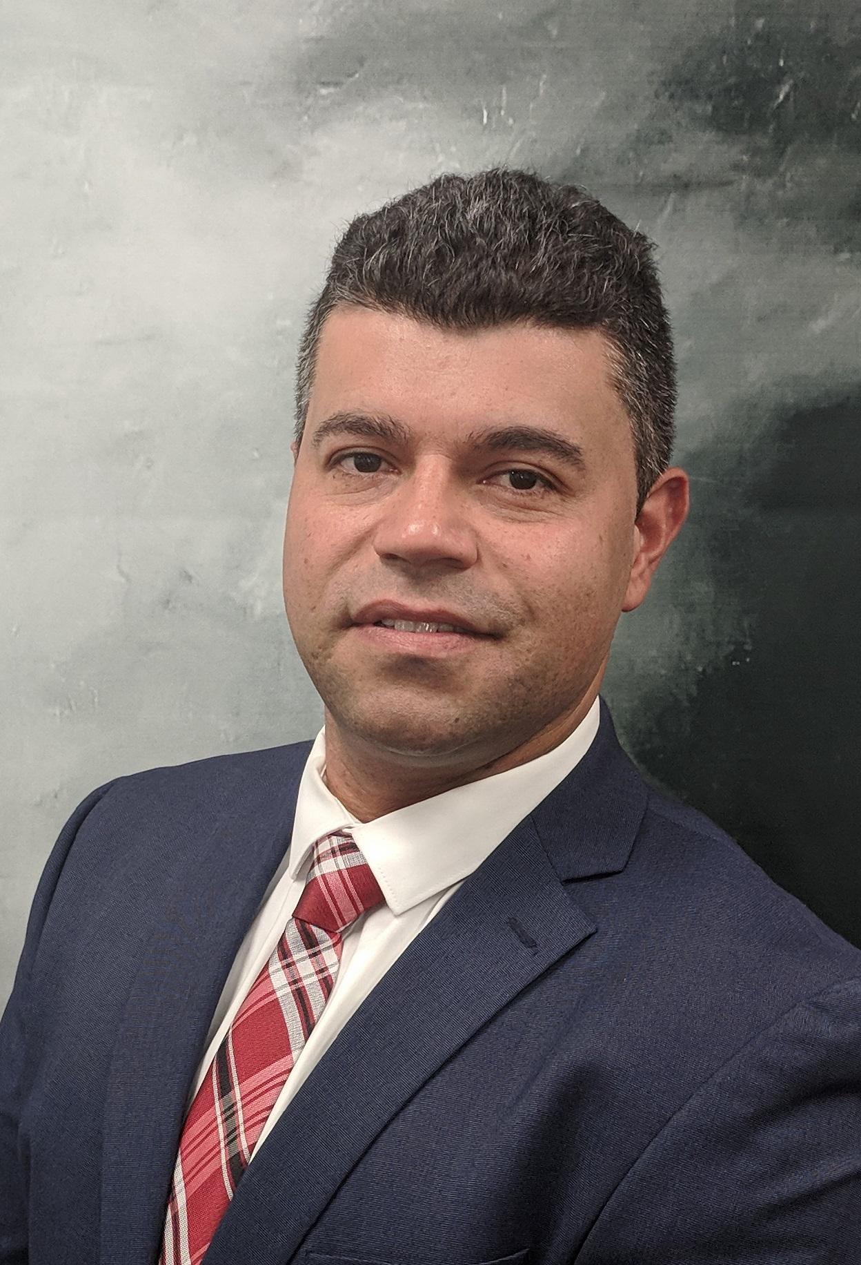 LUIS FERNANDO AGUIRRE  Insurance Agent