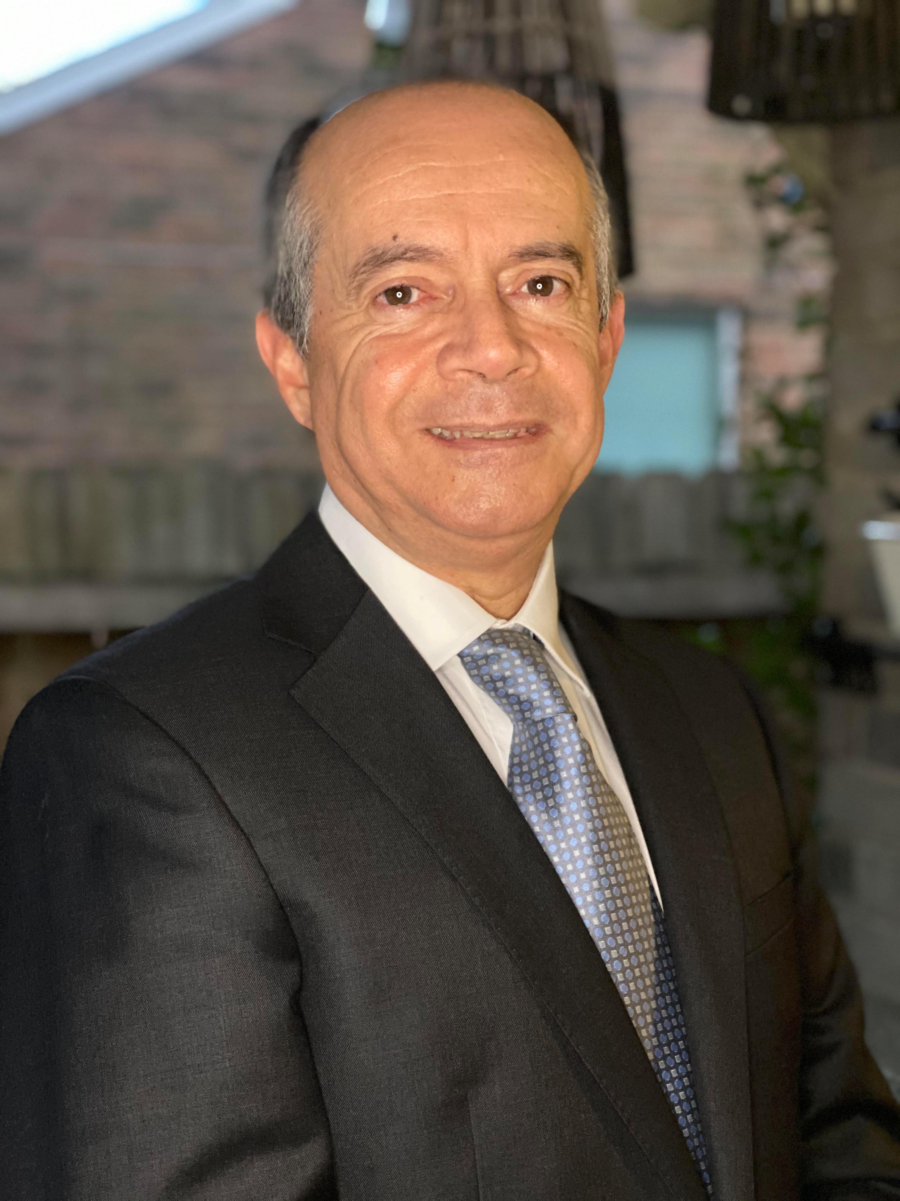 JORGE L. SUAREZ  Insurance Agent