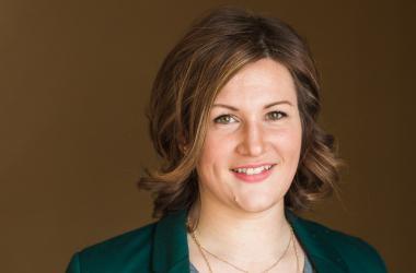 SARA TETZLOFF  Your Registered Representative & Insurance Agent