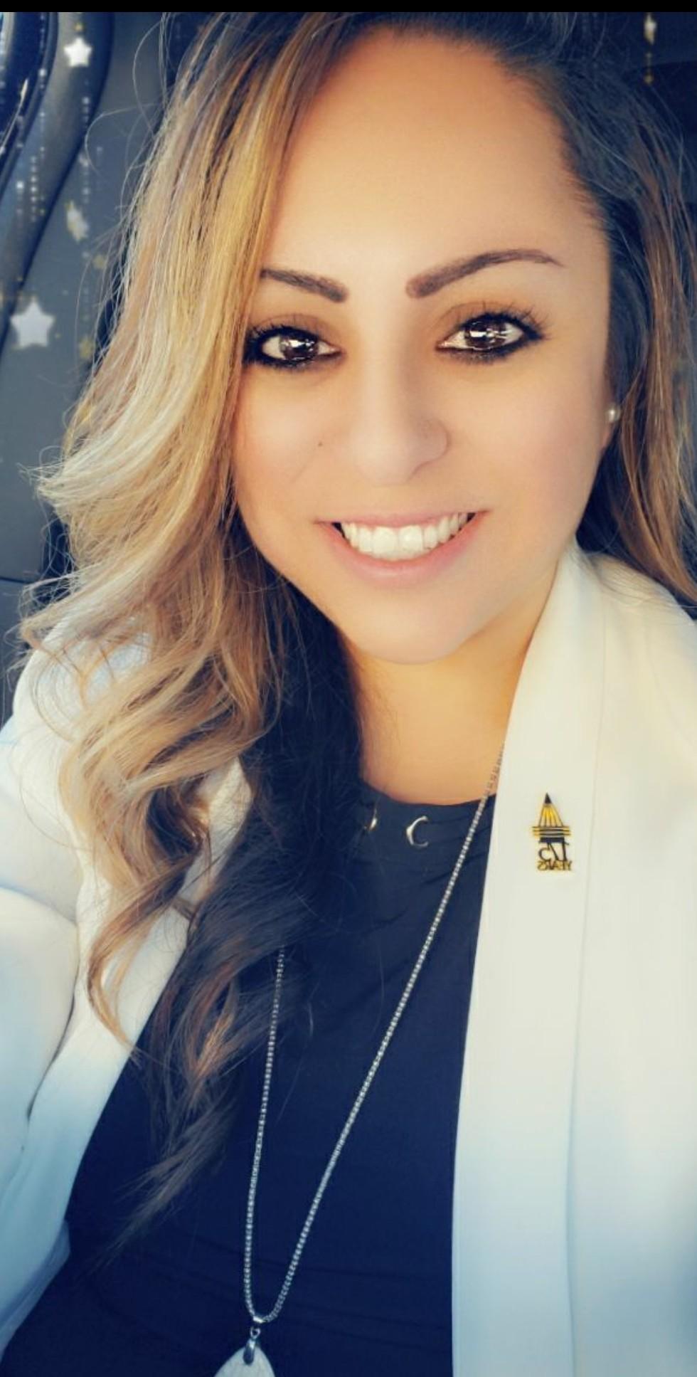 ARACELY ALEXIA BRADY Insurance Agent